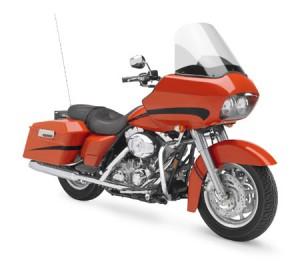 Do motorcycles have radios - harley davidson street glide - www.MotorbikeLicense.com